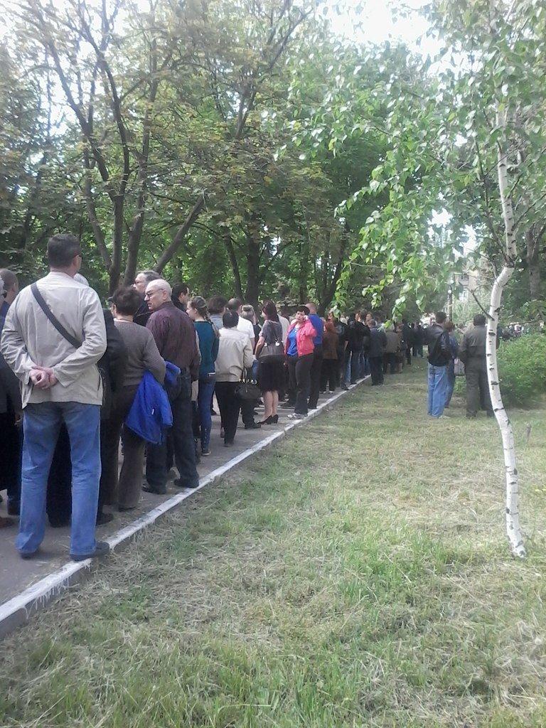 В Мариуполе стартовал референдум. Выстроились очереди (ФОТО+ОБНОВЛЯЕТСЯ), фото-10