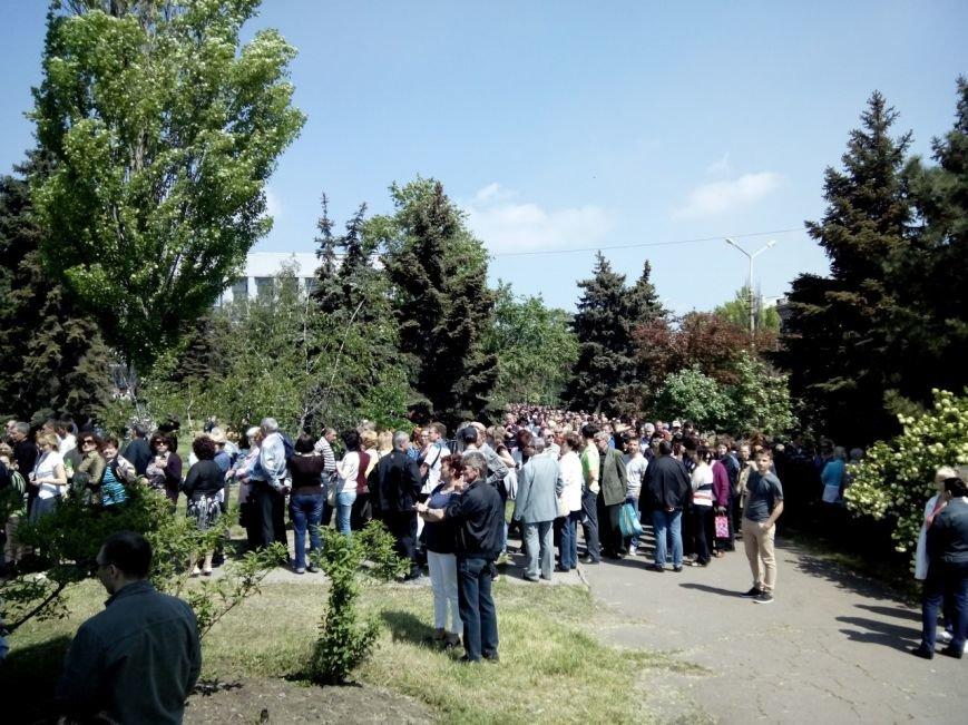В Мариуполе стартовал референдум. Выстроились очереди (ФОТО+ОБНОВЛЯЕТСЯ), фото-19