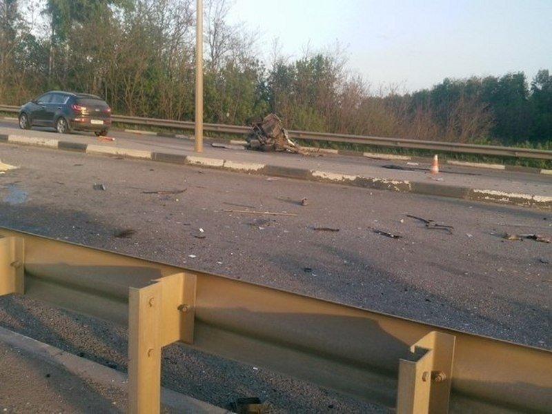 Под Белгородом в страшной аварии погибли три человека [ВИДЕО], фото-1