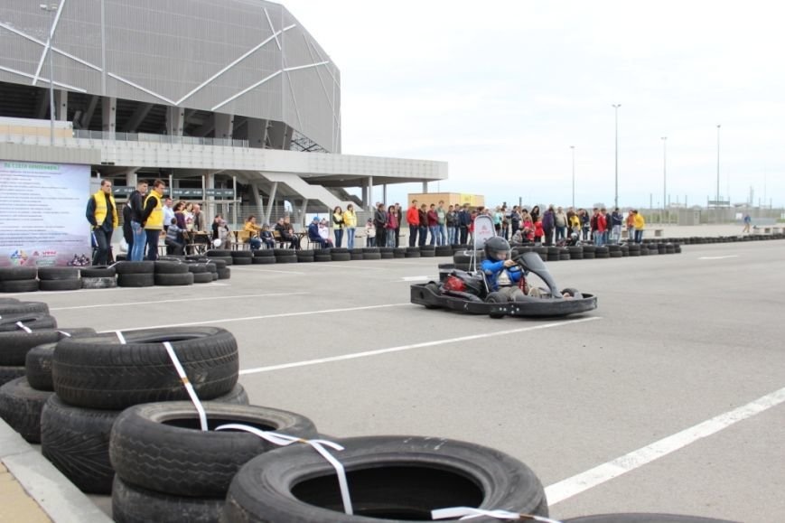 На євро-стадіоні відкрили картинг-трасу (ФОТО), фото-6