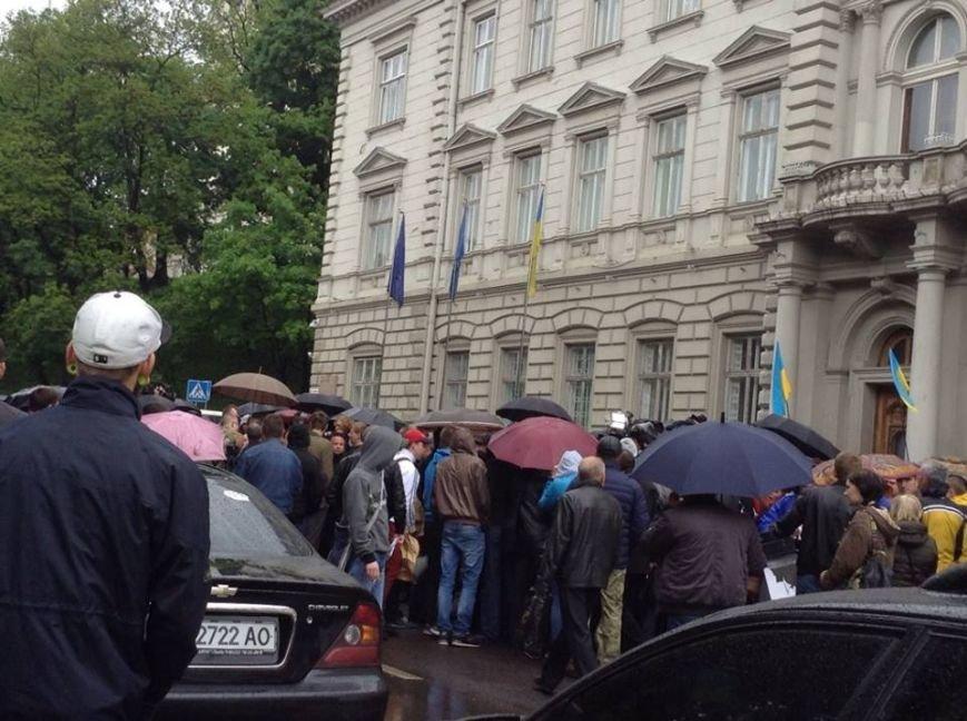 Під Львівською ОДА побилися через Ірину Сех (ФОТО), фото-2