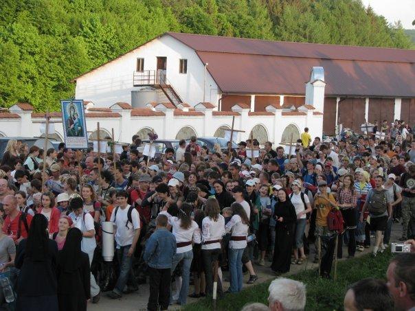Тисяча львівських прочан не полінуються та йтимуть цілий день  до чудотворної ікони (ФОТО, ВІДЕО), фото-1