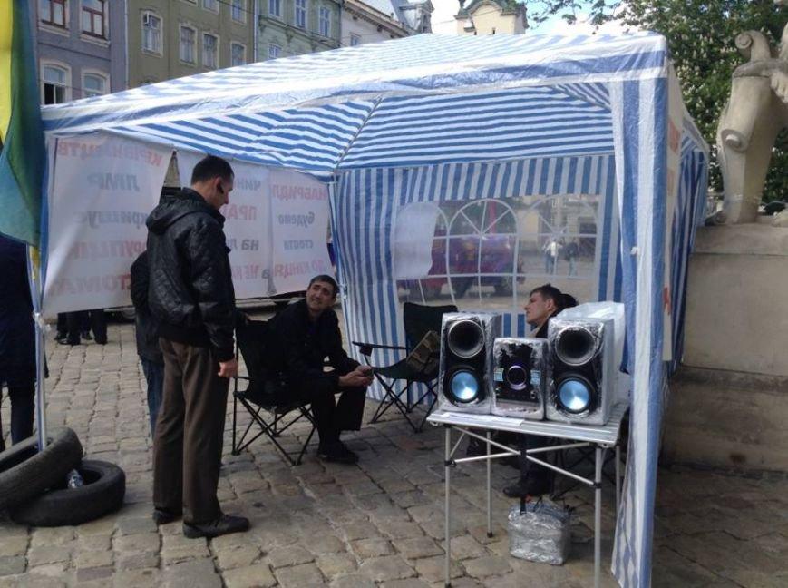 Стоматологи почали «безстроковий страйк» на Площі Ринок (ФОТО), фото-3