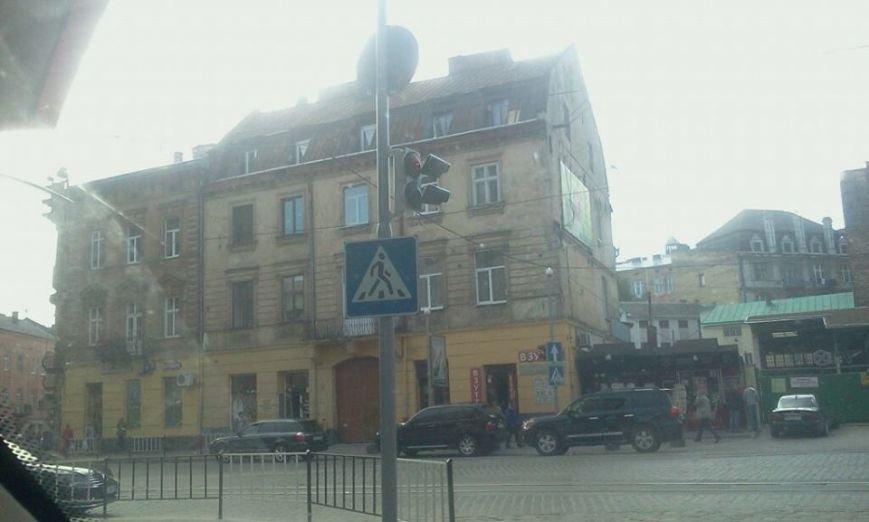 На одному із перехресть Львова пішоходи вимушені переходити дорогу наосліп (ФОТО), фото-6