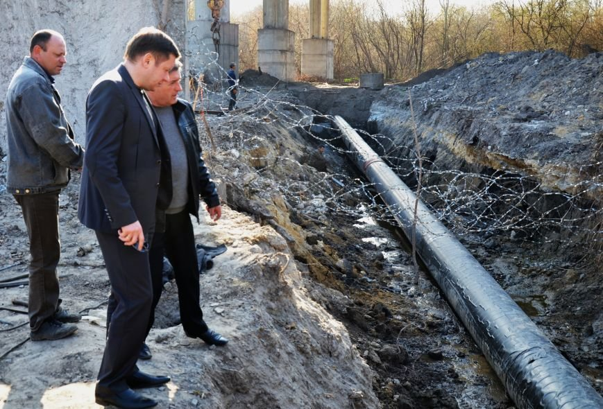 В Днепродзержинске реконструирован участок коллектора, построенный более 40 лет назад., фото-1
