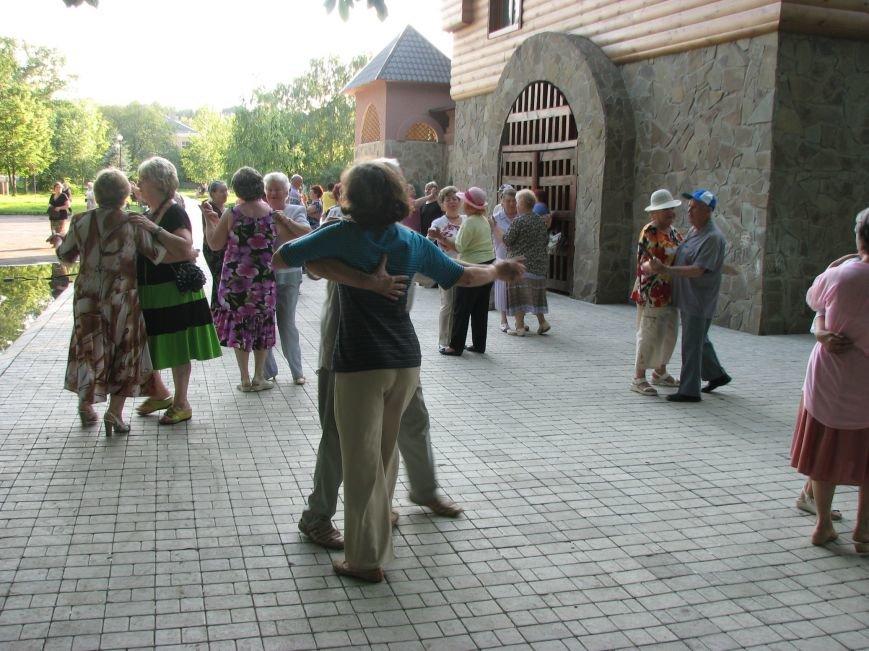 Танцевальная площадка 020