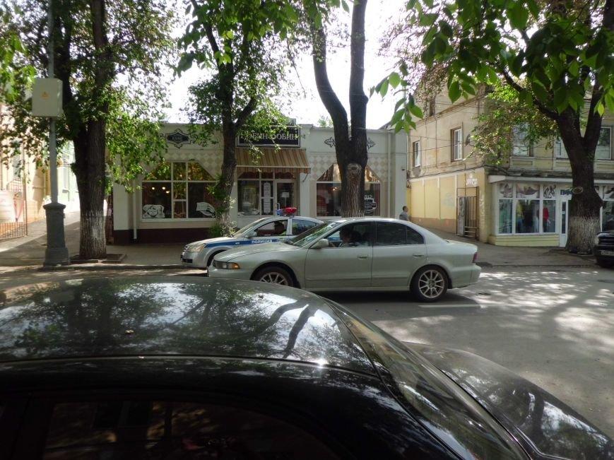 Виной пробки на Петровской в Таганроге стало разбитое зеркало (ФОТО), фото-5