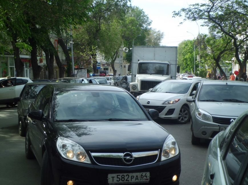 Виной пробки на Петровской в Таганроге стало разбитое зеркало (ФОТО), фото-6