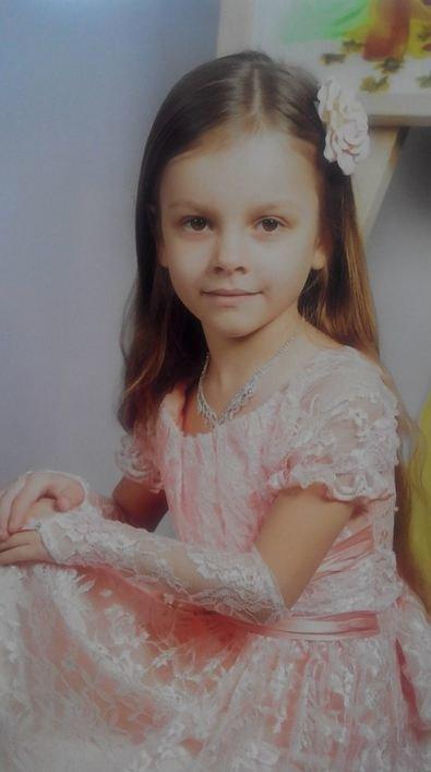 Похищенную в Артемовске шестилетнюю Киру продолжают искать соцслужбы и милиция, фото-1