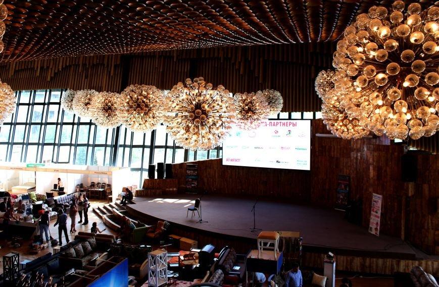 В Ялте открылась юбилейная Международная выставка мебели (ФОТО), фото-7