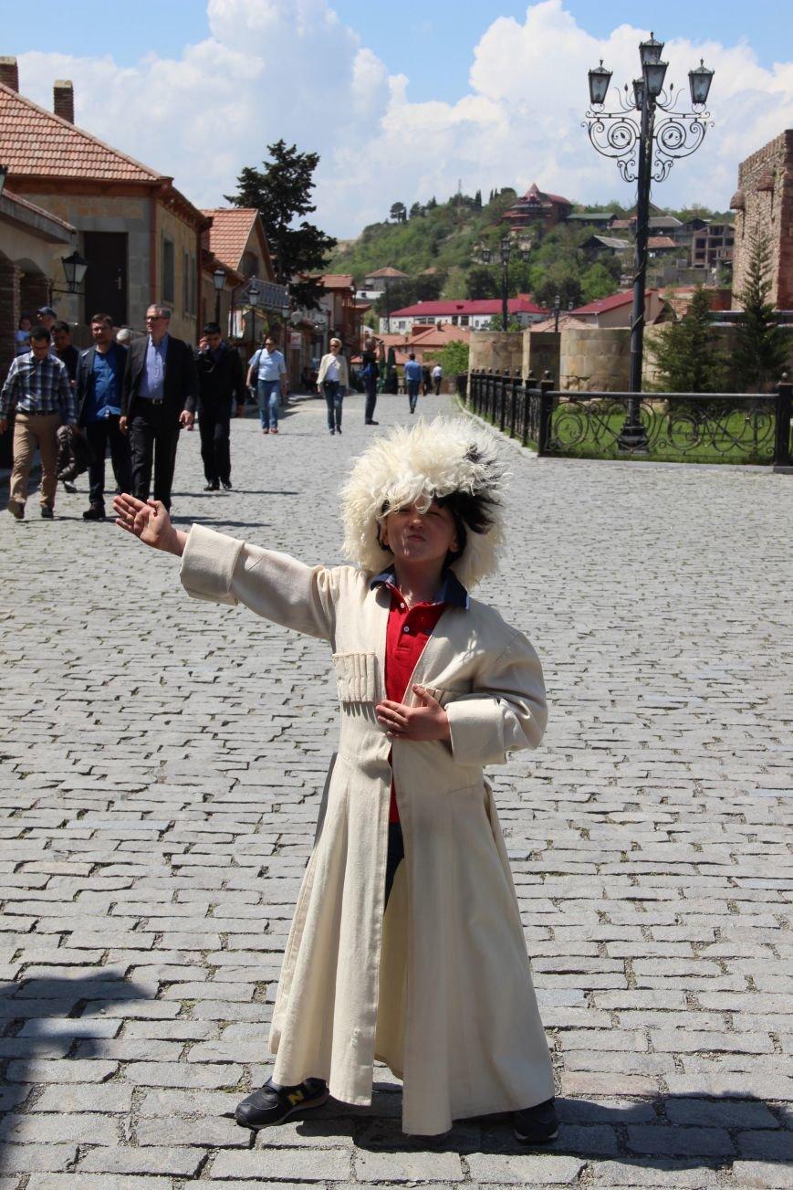 В Кировограде открывается выставка юного любителя фотосъемки Глеба Цуканова «Грузия глазами ребенка», фото-1