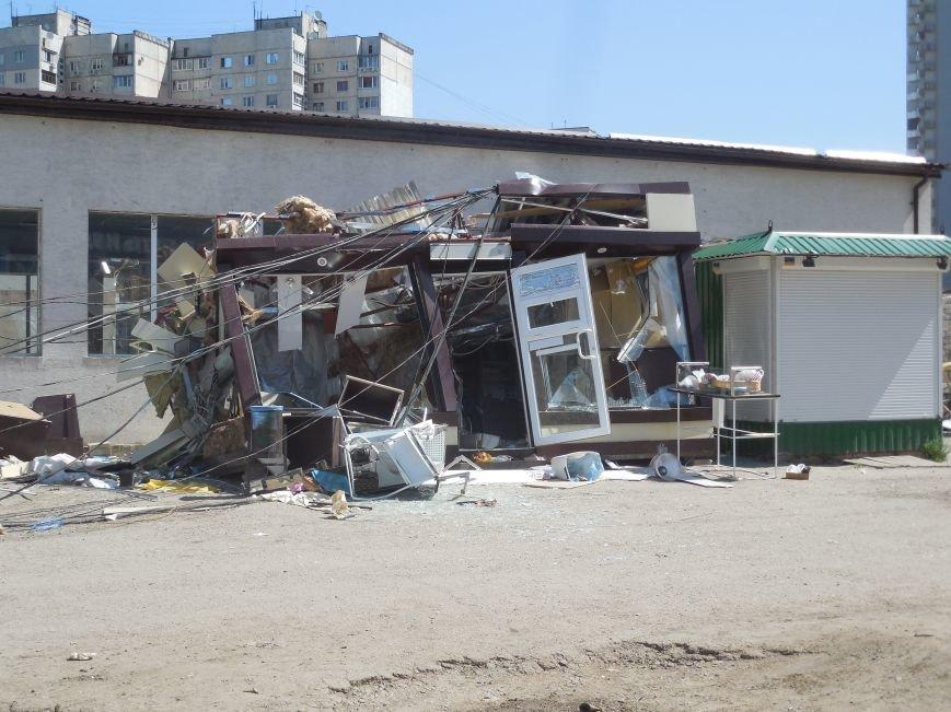 В Харькове упал строительный кран. Есть погибшие, фото-2