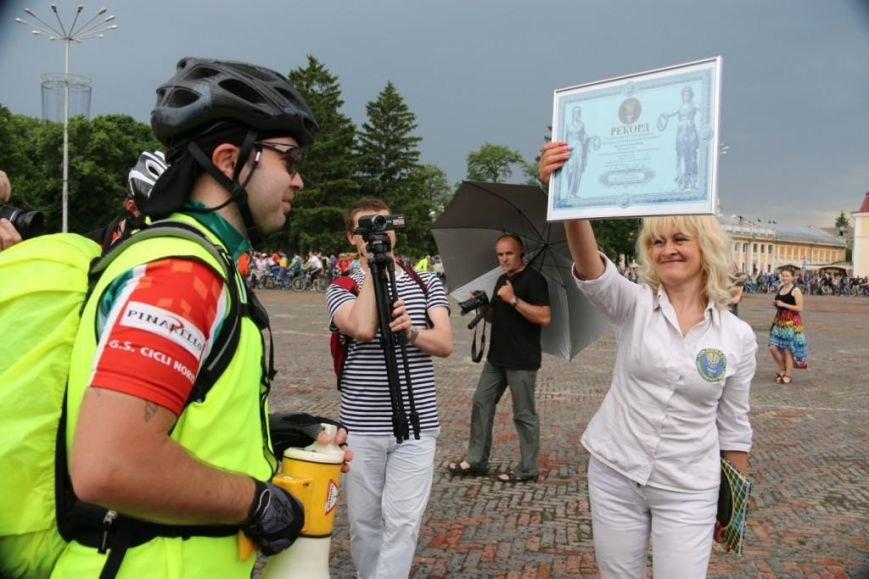 В Чернигове соорудили рекордный живой велосипед, фото-8