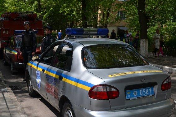 Зі школи евакуювали 597 учнів та 33 вчителя, а вибухівку ніде не знайшли (ФОТОРЕПОРТАЖ), фото-3
