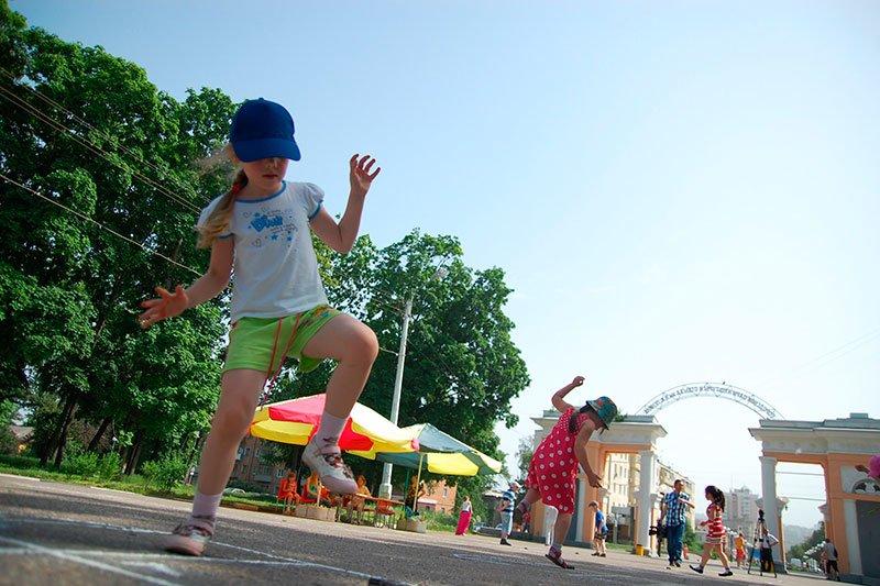 В белгородском центральном парке появились поля для популярной средневековой игры, фото-1