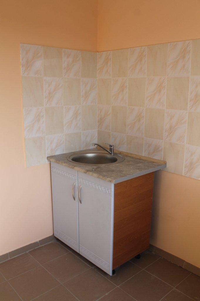 Пора встречать новоселье: в Артемовске отремонтировали квартиру для ребенка, лишенного родительской опеки, фото-8