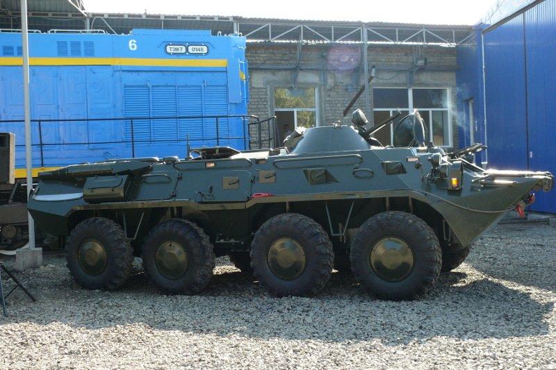 Николаевский тепловозоремонтный завод передал военным два  БТРа (ФОТО) - обновлено, фото-3
