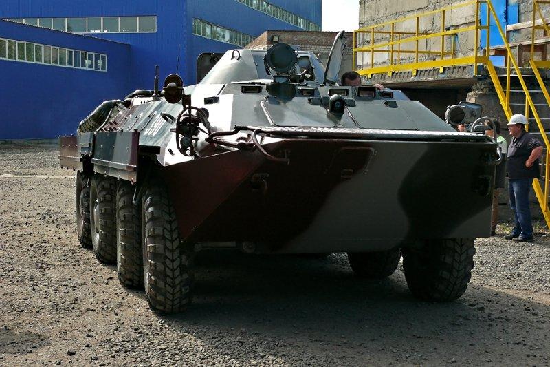 Николаевский тепловозоремонтный завод передал военным два  БТРа (ФОТО) - обновлено, фото-8