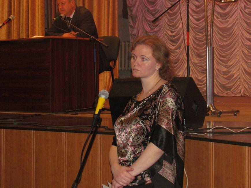 В Мариуполе сессия горсовета сорвана. Депутаты разошлись (ВИДЕО), фото-6