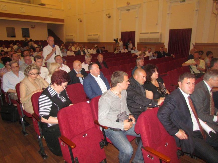В Мариуполе сессия горсовета сорвана. Депутаты разошлись (ВИДЕО), фото-2