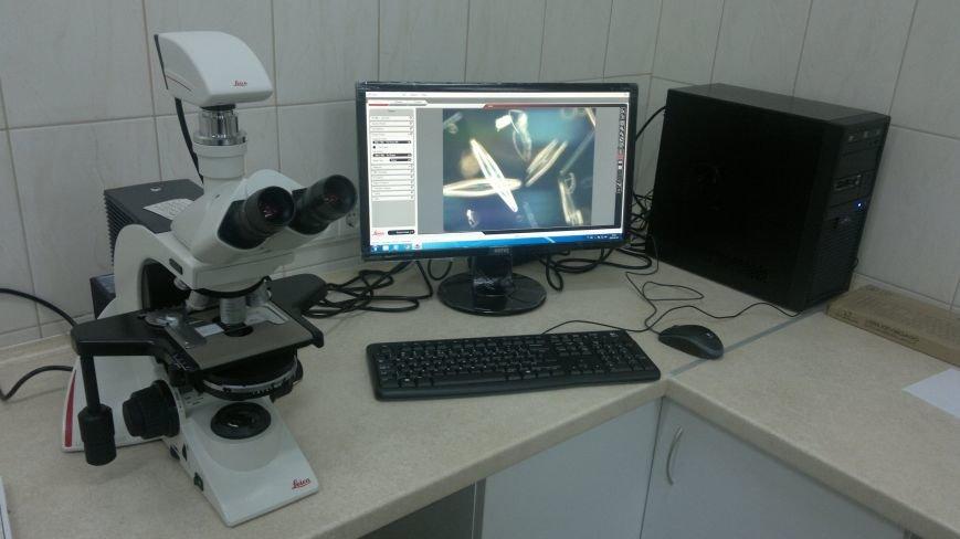мікроскоп 079