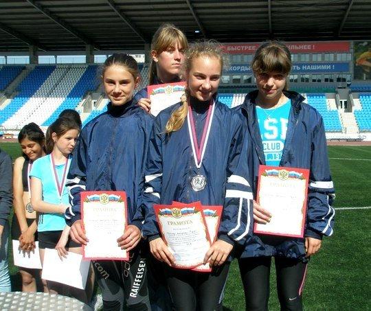 Ялтинские легкоатлеты завоевали 6 медалей на Открытом Всероссийском турнире, фото-2
