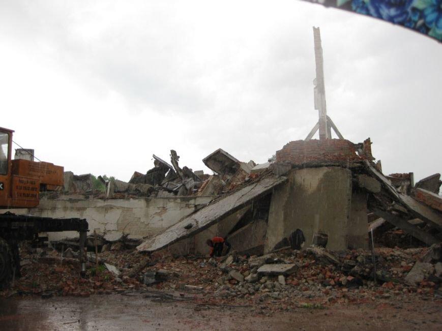 На бывшем льнозаводе возле Чернигова погибли два человека, фото-9