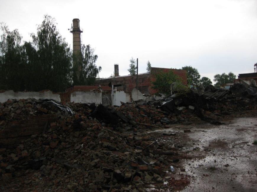 На бывшем льнозаводе возле Чернигова погибли два человека, фото-4