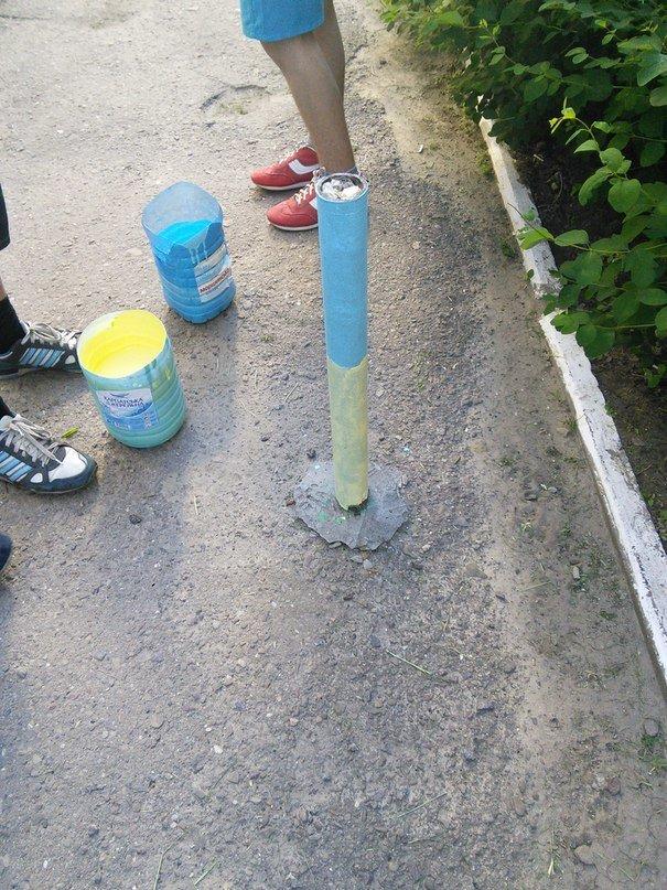 У Львові патріотичні «вандали» розмалювали Сихів у жовто-блакитні кольори (ФОТО), фото-7