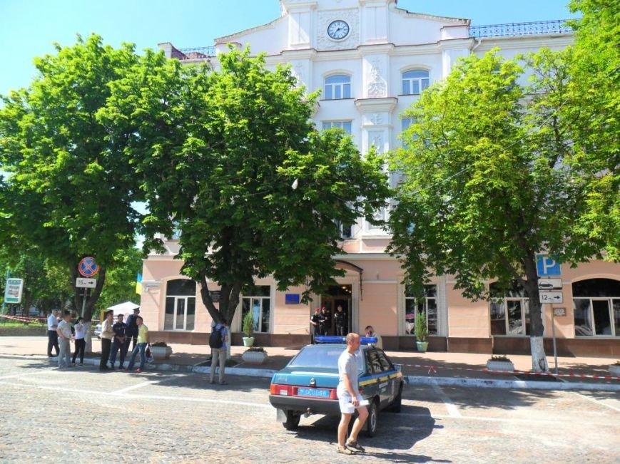 Апелляционный суд в Чернигове заминирован не был, фото-12