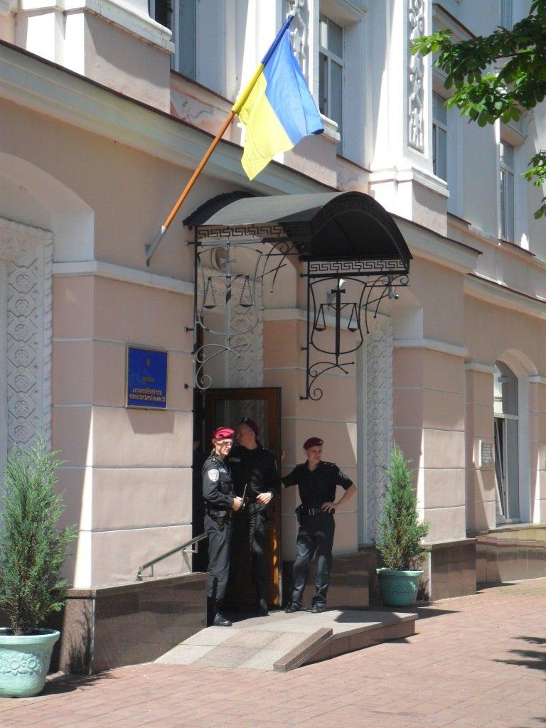 Апелляционный суд в Чернигове заминирован не был, фото-8