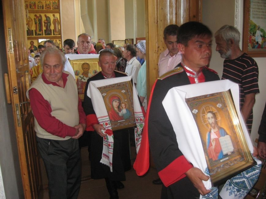 Престольный праздник в Свято-Никольском храме села Великовечного, фото-3