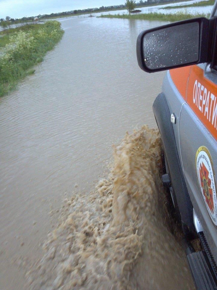 Львів'янам, чиї будинки та худоба, пішли під воду дадуть по … 1000 гривень (ФОТО), фото-4