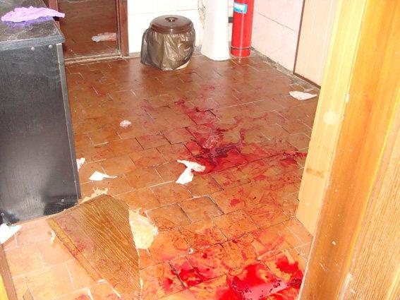 """На Днепропетровщине неизвестные под видом """"Правого сектора"""" заблокировали горотдел милиции и похитили людей (ФОТО), фото-4"""