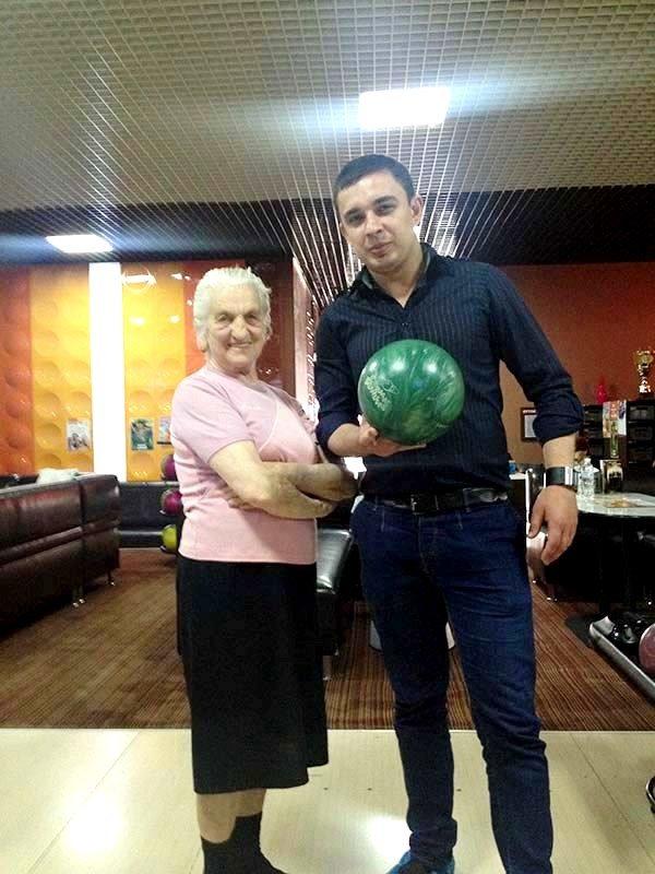 У Львові пенсіонери показали, як треба грати у боулінг (фоторепортаж), фото-7