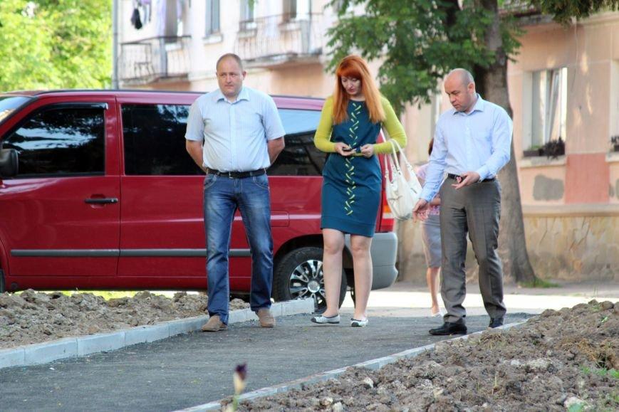 Міський голова незадоволений тим, як у Тернополі проводять ремонти дворів (фото), фото-2
