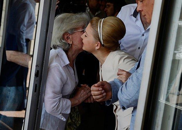 Тимошенко косить під Одри Хепберн. У екс-прем'єрки новий стиль (ФОТО, ВІДЕО), фото-8