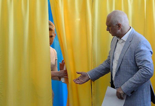 Тимошенко косить під Одри Хепберн. У екс-прем'єрки новий стиль (ФОТО, ВІДЕО), фото-4