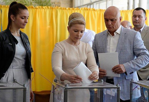 Тимошенко косить під Одри Хепберн. У екс-прем'єрки новий стиль (ФОТО, ВІДЕО), фото-7