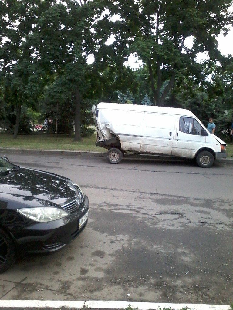 ДТП в Харькове: «Фольцваген» въехал в «Мицубиси», фото-3