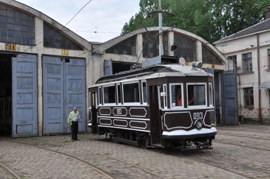 На вулицях Львова з'явився 120-річний трамвай (ФОТО), фото-2