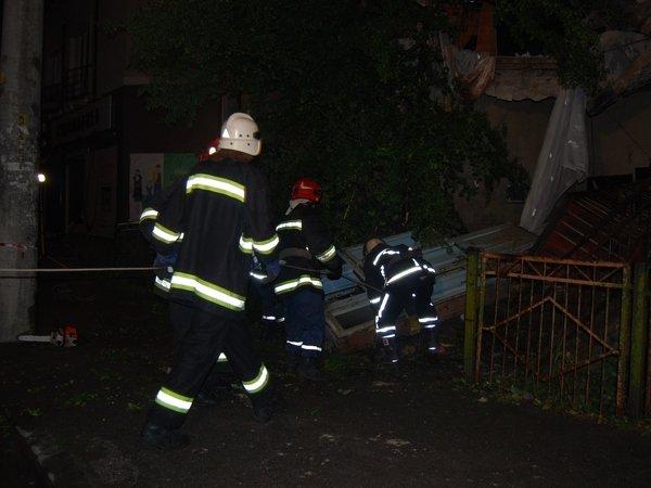 У Тернополі обвалилася стіна будинку (фото, відео), фото-7