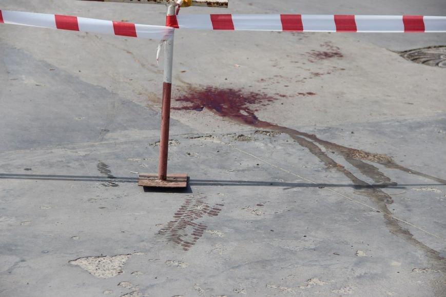Будьте обережні! У Львові чоловік пошматував трьох людей ножем і втік на викраденому авто (ФОТО), фото-4
