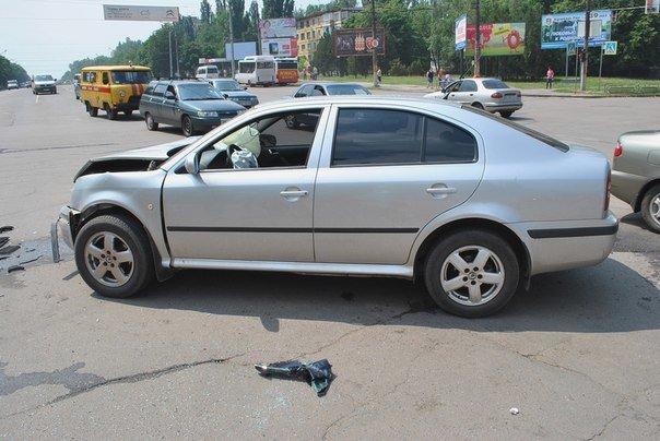 В Кривом Роге при столкновении двух иномарок пострадал один человек (ФОТО), фото-4