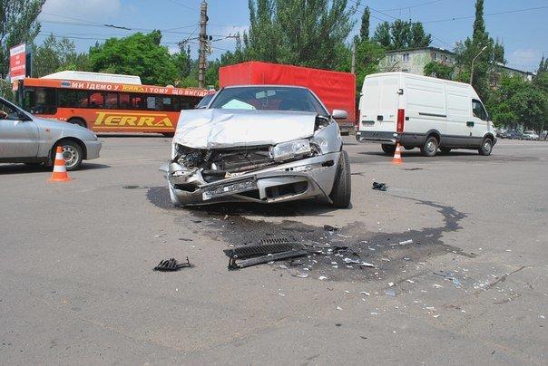 В Кривом Роге при столкновении двух иномарок пострадал один человек (ФОТО), фото-2