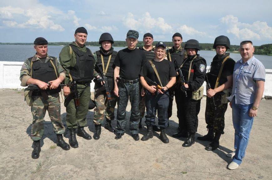 Про міліціонерів з Полтавщини  задіяних на сході, яких вчора вони відвідали з Корсуном, розповів Юрій Сулаєв, фото-1