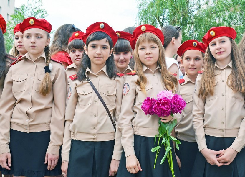 В луганской мэрии рассказали, как прошел последний звонок (ФОТО), фото-11