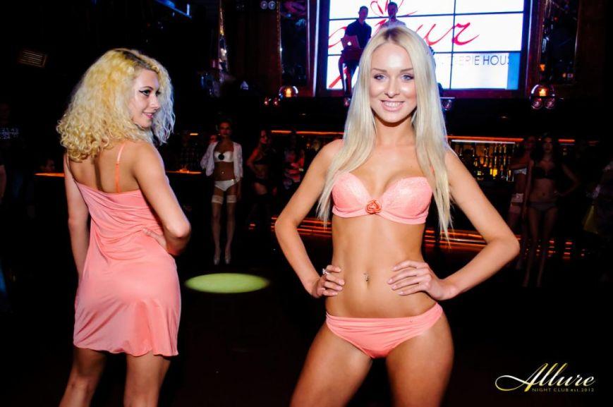 В тернопільському нічному клубі розгулювали моделі в нижній білизні (фото), фото-4