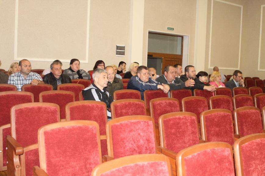 Представители ДНР устроили разборки в Артемовском горсовете: одни хотят защищать город, другие - менять власть (ВИДЕО), фото-1