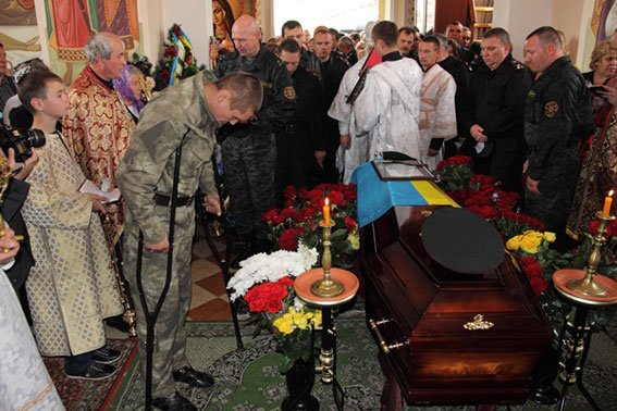 Кореспондента ТСН вразило, як прощались із Кульчицьким (фоторепортаж), фото-9